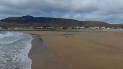 Η «εξαφανισμένη» παραλία της Ιρλανδίας που επέστρεψε σε μια νύχτα, 33 χρόνια μετά
