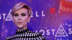 Η Scarlett Johansson προσκάλεσε στη νέα της πρεμιέρα μία γιαγιά-σωσία της για να τα