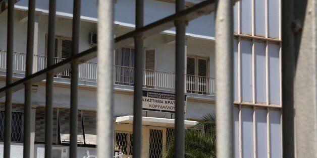 Αθώοι για την πισίνα και το μπάρμπεκιου στις φυλακές