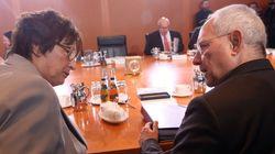 SPD: Ο Σόιμπλε συγκάλυψε την υπόθεση κατασκοπίας φορολογικών αρχών της Β. Ρηνανίας από την