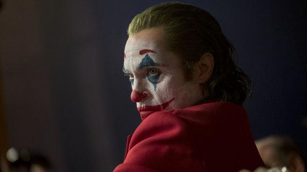 Joaquin Phoenix Walks Out Of Joker Interview, Only To Return An Hour Later