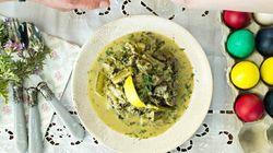 Συνταγή για μαγειρίτσα: Το κλασικό φαγητό της