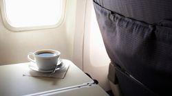 Επιτέλους μάθαμε γιατί ο καφές στα αεροπλάνα έχει τόσο απαίσια