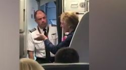 Αεροσυνοδός χτύπησε γυναίκα επιβάτη που κρατούσε αγκαλιά το μωρό