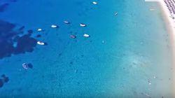 Απέραντο γαλάζιο: Ταξίδι στις Αλυκές- μια μοναδική παραλία στην Αμμουλιανή της