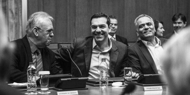 Τσίπρας στο Υπουργικό: Πολιτικά έχουμε το μομέντουμ, μπορούμε σε νέα εκλογική