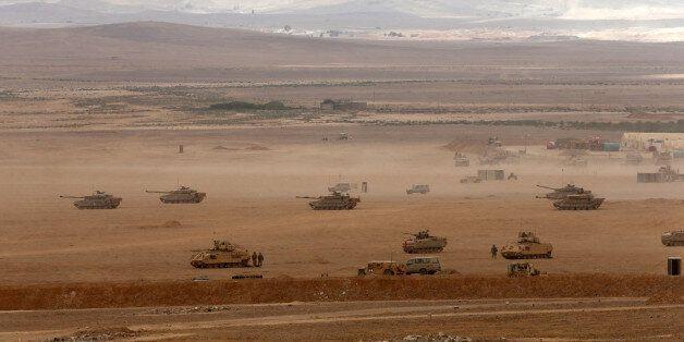 Η διαρκώς εντεινόμενη χρήση στρατιωτικών