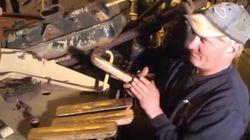 Βρετανία: Συλλέκτης στρατιωτικών οχημάτων βρήκε ράβδους χρυσού αξίας μέχρι και 2,4 εκατ. ευρώ σε παλιό ιρακινό