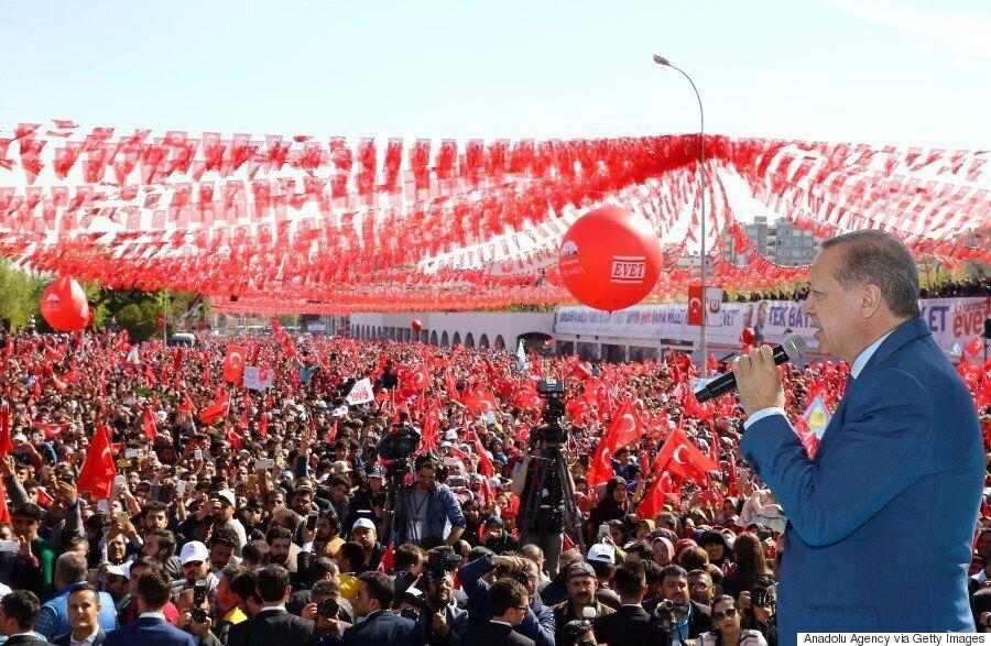 Όσα γνωρίζουμε για το τουρκικό δημοψήφισμα της