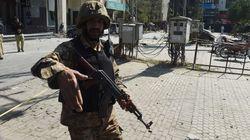 Νεκροί και τραυματίες σε επίθεση βομβιστή αυτοκτονίας κατά στρατιωτικού οχήματος στο