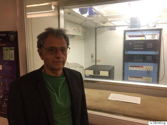 Δημήτριος Ματσάκης: Ο Έλληνας «Άρχοντας του Χρόνου» μας μιλά για χρόνο, GPS, πολυσύμπαν και ταξίδια στον
