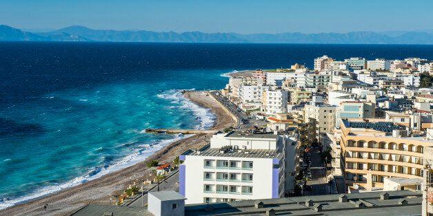 Ρόδος: Υπεγράφη τοπική συλλογική σύμβαση μεταξύ ξενοδοχοϋπαλλήλων και
