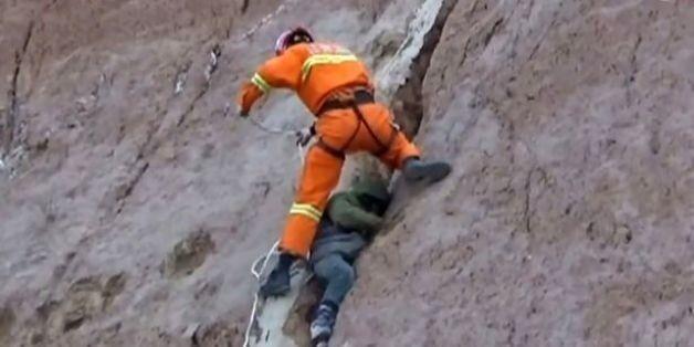 Η απίστευτη διάσωση ενός παιδιού που έπεσε από ύψος 100