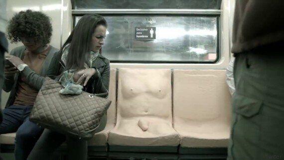 Στο μετρό της Πόλης του Μεξικού υπάρχει μια θέση «μόνο για άντρες» με το καλούπι ενός