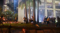 Παραγουάη: Διαδηλωτές κατέλαβαν και πυρπόλησαν το κτίριο του