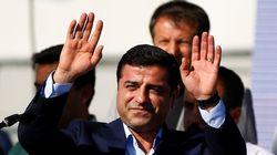 Σε απεργία πείνας ο ηγέτης του φιλοκουρδικού κόμματος της Τουρκίας,