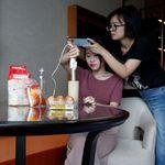 Κίνα: Κοριτσάκι αντέγραψε βίντεο δημοφιλούς YouTuber και
