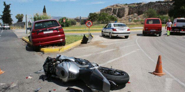 Κομισιόν: Κατά 35% έχει μειωθεί ο αριθμός των θανάτων από τροχαία ατυχήματα στην Ελλάδα, μεταξύ 2010...