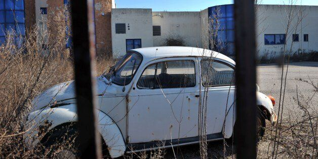 TO GO WITH AFP STORY BY VASSILIS KYRIAKOULIS Photo taken on January 15, 2015 shows a Volkswagen Beetle...