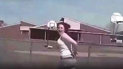 Βίντεο: Αστυνομικός χτυπά ένοπλη γυναίκα με περιπολικό, μετά από ανταλλαγή
