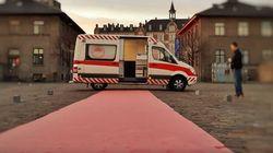 Πώς ένα ασθενοφόρο μετατράπηκε σε χώρο για ασφαλές
