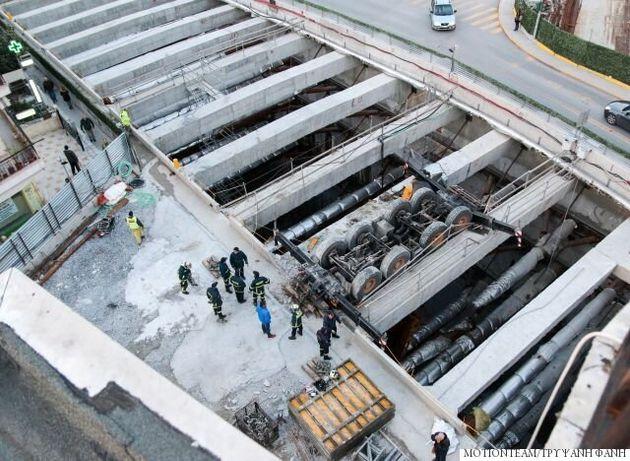 Eργατικό δυστύχημα στο μετρό Θεσσαλονίκης. Νεκρός χειριστής γερανού μετά από ανατροπή του σε