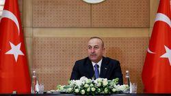 Με ακύρωση της συμφωνίας για την αντιμετώπιση των προσφυγικών ροών απειλεί ο