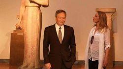 Υπόθεση Πέμη Ζούνη - Ang Lee: Για «στοχευμένη απάτη μέσω διαδικτύου» κάνει λόγο το Ίδρυμα Μ.