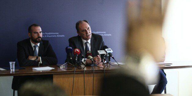 Τζανακόπουλος - Σταθάκης για τη ΔΕΣΦΑ: «Κορυφαίο παράδειγμα μετα-αλήθειας» και «σχιζοφρενικό κατηγορητήριο»...