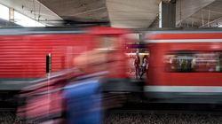 Επίθεση με τσεκούρι στον σταθμό τρένων του