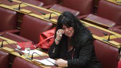 Τα δάκρυα της Βαγενά στη Βουλή: Τι είπε για την αποτέφρωση του συζύγου της Λουκιανού