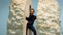 Γάλλος καλλιτέχνης κλείστηκε σε έναν βράχο και εκτίθεται για μια εβδομάδα στο Palais de