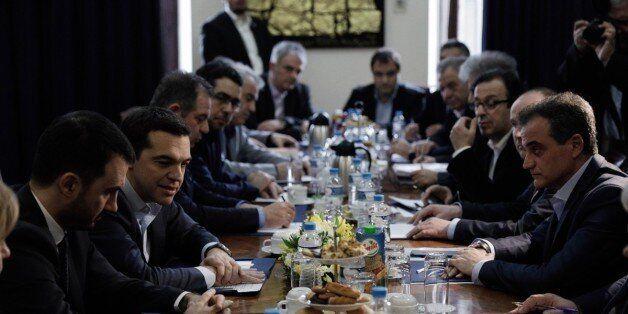 Τσίπρας από Θεσσαλονίκη: Τώρα που βγαίνουμε από την κρίση, ο μεγάλος στόχος είναι η δημιουργία θέσεων