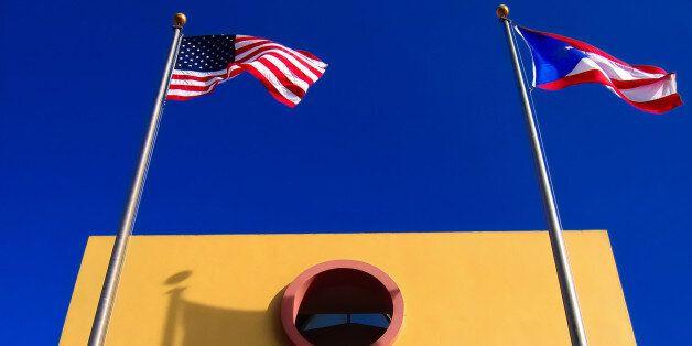 The Week: Οι ΗΠΑ προσπαθούν να μετατρέψουν το Πουέρτο Ρίκο σε...