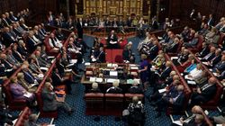 Νέα τροπολογία στο νομοσχέδιο για το Brexit. Απαιτείται η έγκριση του Κοινοβουλίου σε κάθε