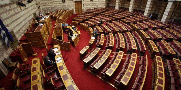 Κατατέθηκε η τροπολογία για την επιστροφή στους υπερθεματιστές, των ποσών που κατέβαλαν για τη χορήγηση...