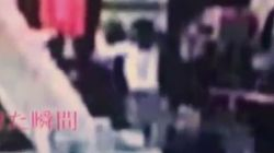 Βίντεο: Η στιγμή της δολοφονικής επίθεσης κατά του Κιμ Γιονγκ Ναμ, αδελφού του Κιμ Γιονγκ