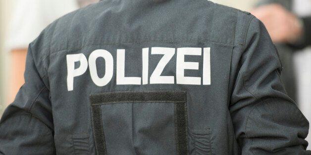 Γερμανία: Εφοδοι της αστυνομίας στα διαμερίσματα τούρκων ιμάμηδων υπόπτων για