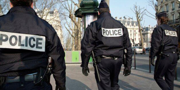 Και δεύτερος αστυνομικός κατηγορείται για βιασμό με γκλομπ στη