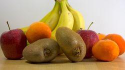 Με αυτά τα βίντεο θα μάθετε πώς να καθαρίζετε φρούτα εύκολα και