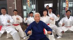 Kung fu Grandma: Η 93χρονη από την Κίνα προκαλεί φρενίτιδα στο
