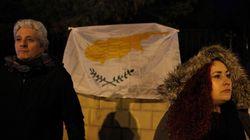 Politico: Πώς οι συνομιλίες για το Κυπριακό «ναυάγησαν» λόγω μιας σχολικής