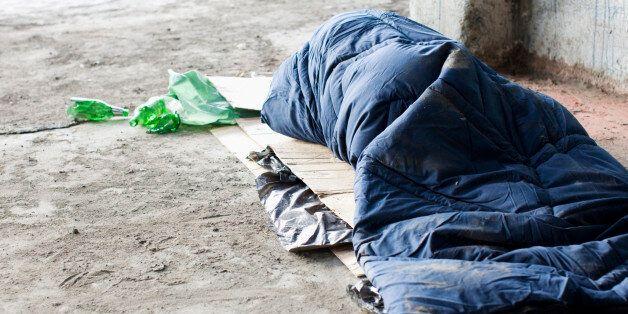 Άστεγος ο άνδρας που δολοφονήθηκε πισώπλατα με τσεκούρι στον Άγιο