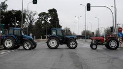 Στο κέντρο της Θεσσαλονίκης οι αγρότες με τα