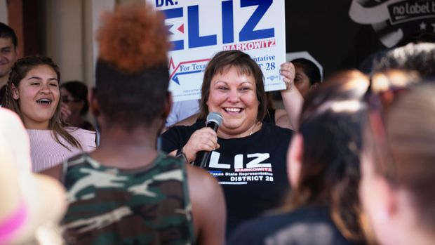 Eliz Maskowitz rally with Beto O'Rourke in Katy, Texas, September 14, 2019.