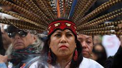 Ο Τραμπ δίνει άδεια διέλευσης στον Dakota Pipeline από τη γη των Ινδιάνων στη Βόρεια