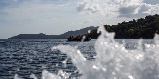 Πρωτοφανές: Πρόσφυγες προσπάθησαν να διαφύγουν με βάρκα από την Χίο στην