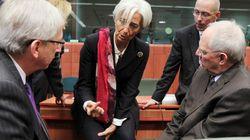 Γιούνκερ: Επισφαλές το τρίτο πρόγραμμα της Ελλάδας επειδή το ΔΝΤ παραμένει