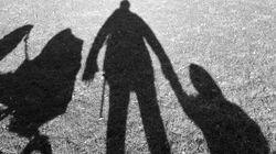 Τι δήλωσε ο πατέρας των τριών κοριτσιών που είχαν εγκαταλειφθεί στην