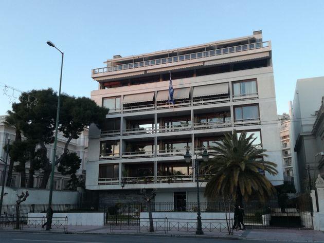 Ιστορικά νεοκλασικά της Αθήνας: Ποια σώθηκαν και γλίτωσαν από τη δαγκάνα της μεταπολεμικής